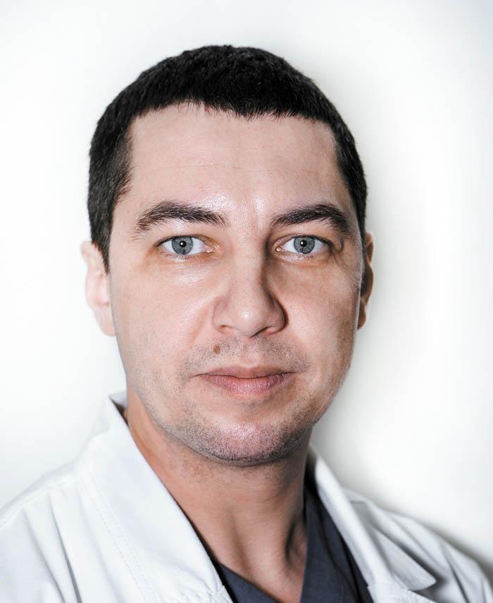 Евгений Николаевич  Бырихин -  кандидат медицинских наук  по сердечно-сосудистой  хирургии, флеболог,  член «Российского общества ангиологов и сосудистых  хирургов», «Ассоциации  сердечно-сосудистых  хирургов», «Европейского общества сосудистых  хирургов» (ESVS)