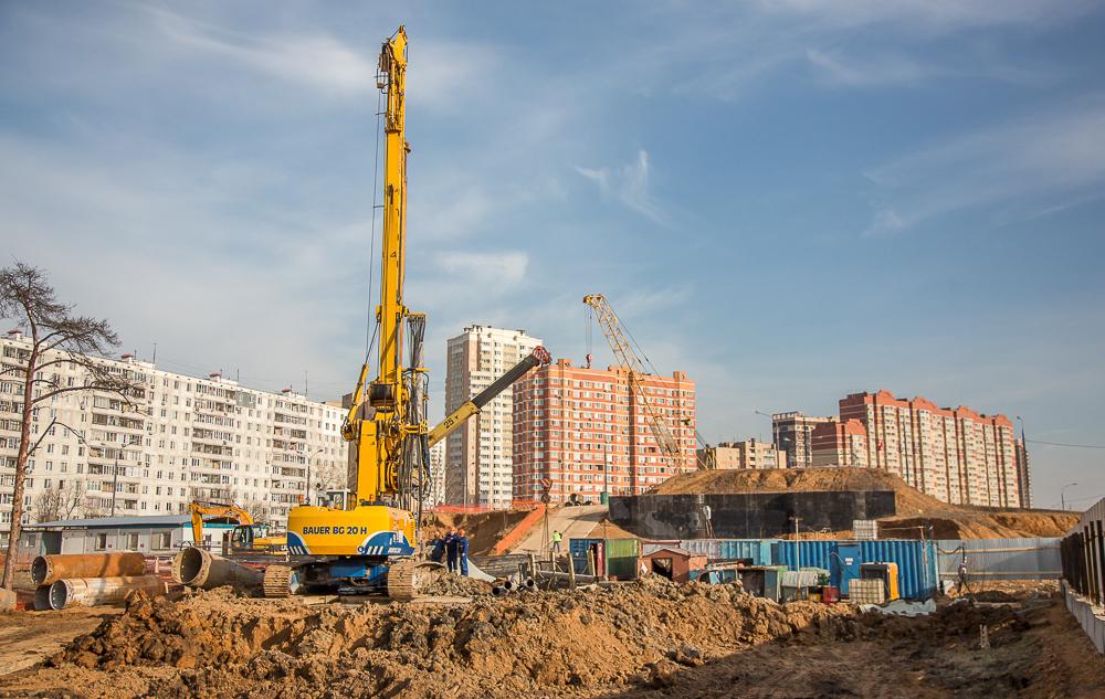 Строительство эстакады между улицей Маковского и Можайским шоссе