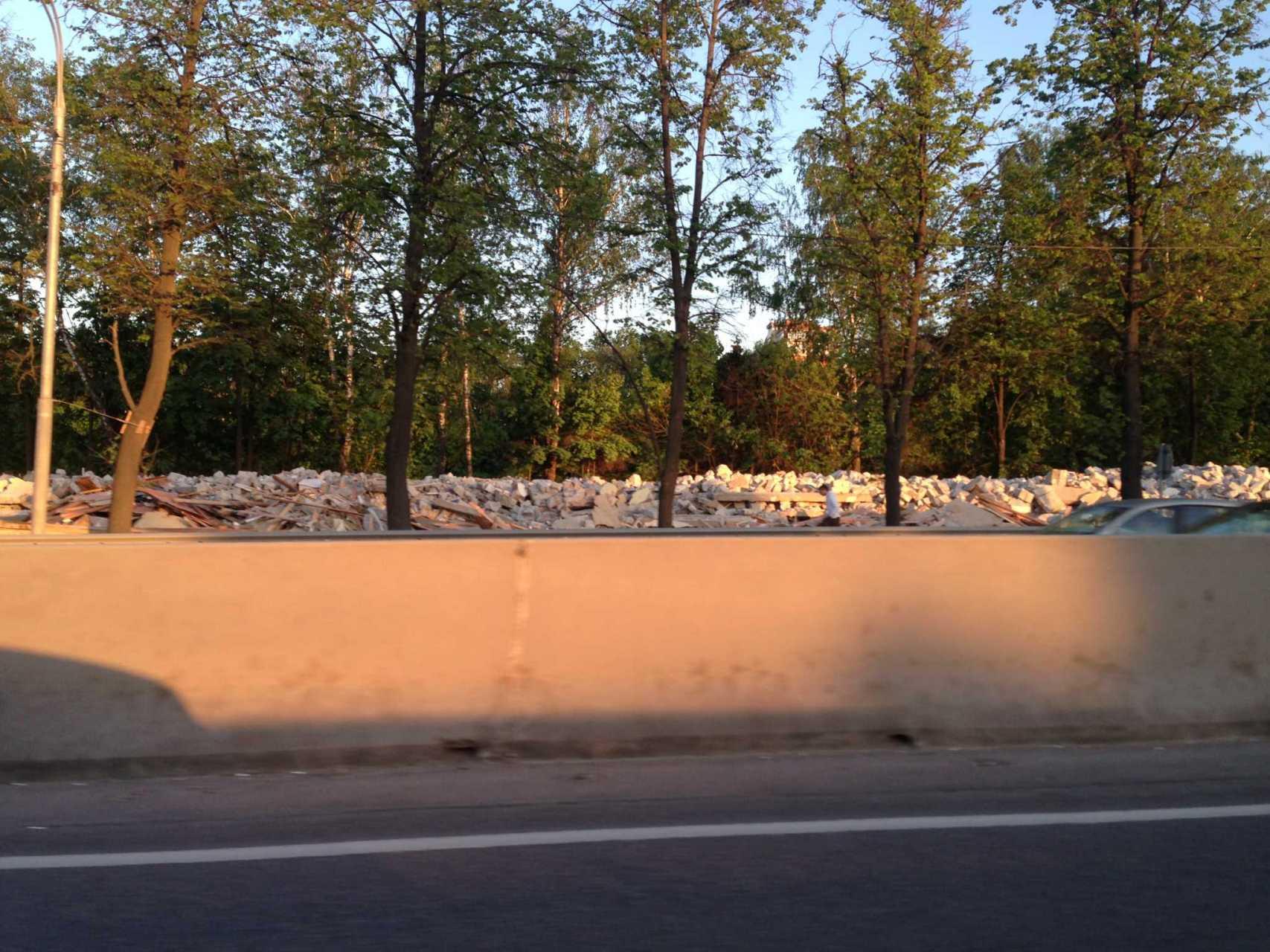 Паровоз на Минском шоссе снесли