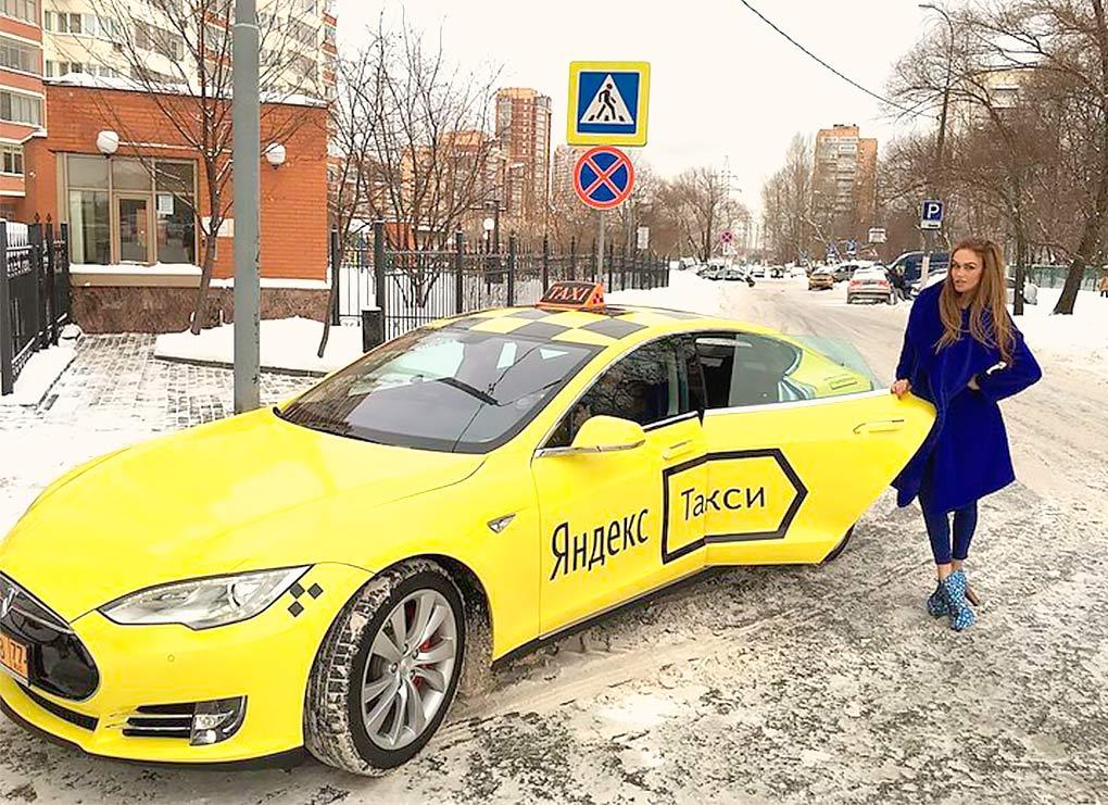 tesla_taxi_w