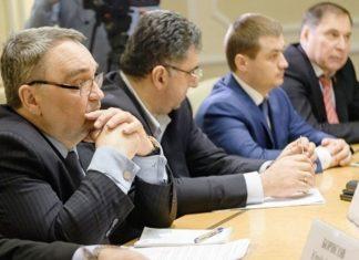 Арендные каникулы пообещали власти предпринимателям ТЦ «Синдика»