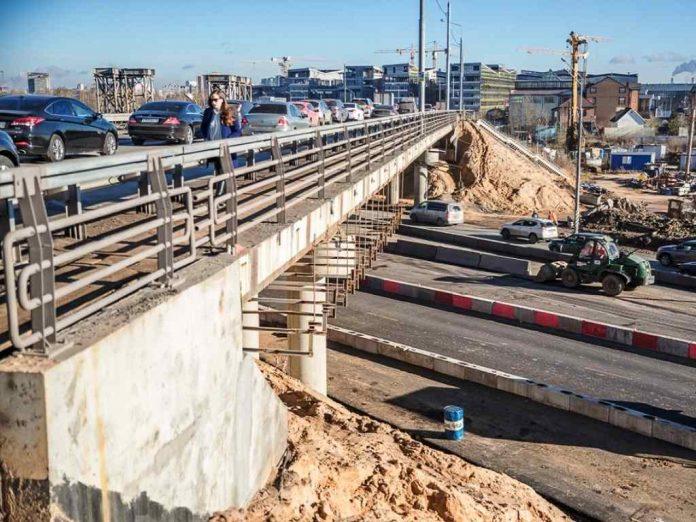 Ремонт эстакады на пересечении Можайского и Минского шоссе обойдется в 2,5 млрд рублей
