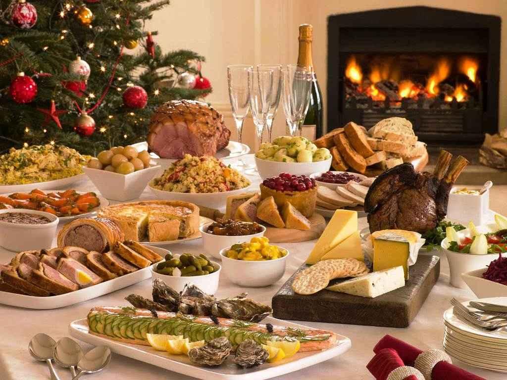 Власти Подмосковья подсчитали стоимость новогоднего стола
