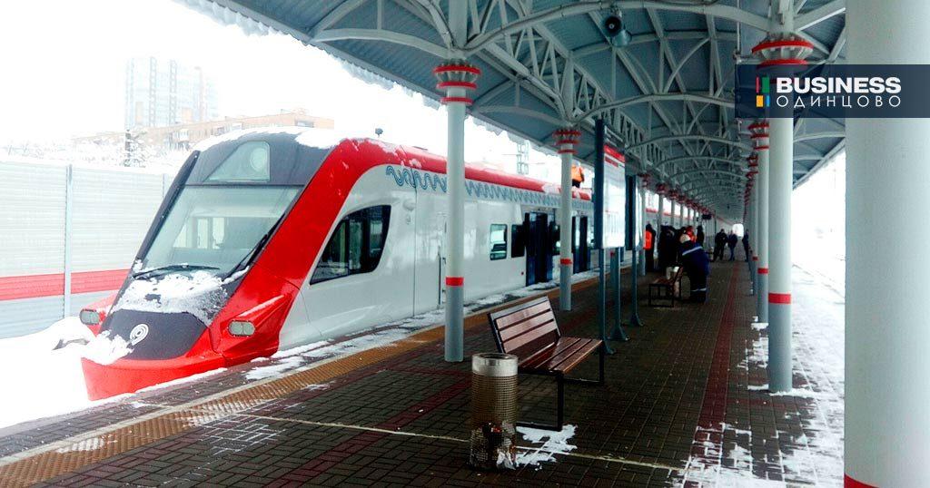 Возгорание поезда произошло прямо во время стоянки на платформе Одинцово